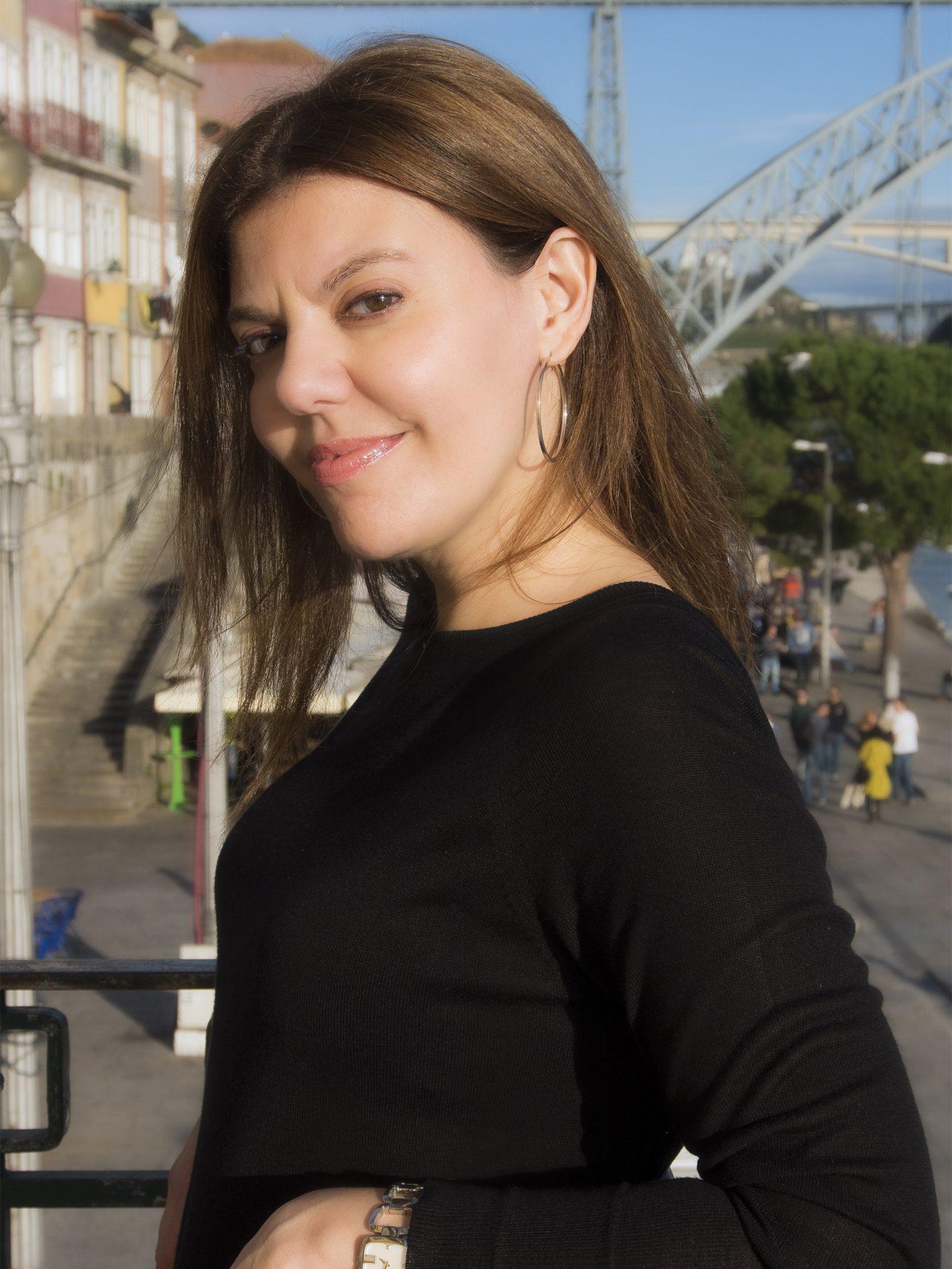 Isabel Rio Novo em conversa exclusiva com o Et(h)er...a escolha para o dia do Livro.